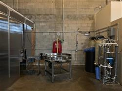 Image 14 Head CEMAC Rotary Filler with Conveyor, Accumulation Table and Labeler 1467520
