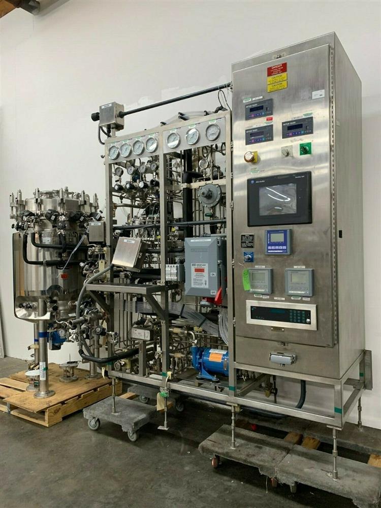 Image 300 Liter LEE Jacketed Bioreactor Skid with LEE INDUSTRIES Reactor - Stainless Steel 1483672