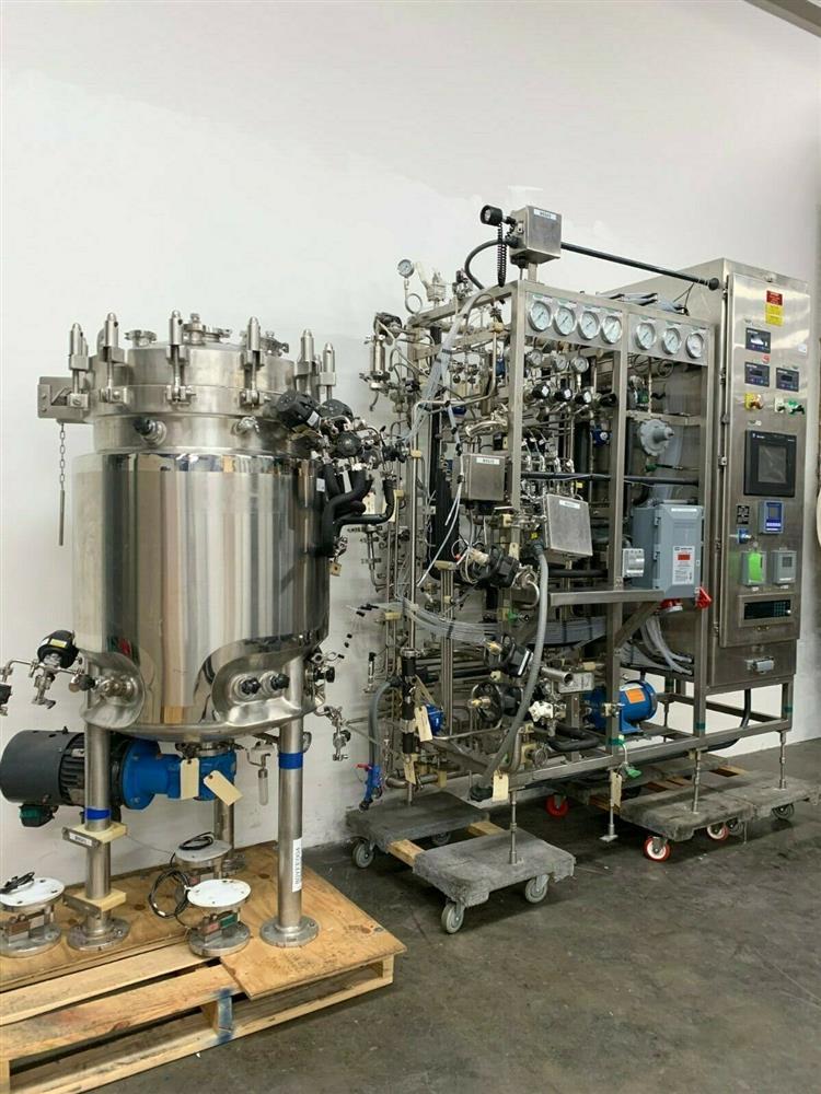 Image 300 Liter LEE Jacketed Bioreactor Skid with LEE INDUSTRIES Reactor - Stainless Steel 1483673
