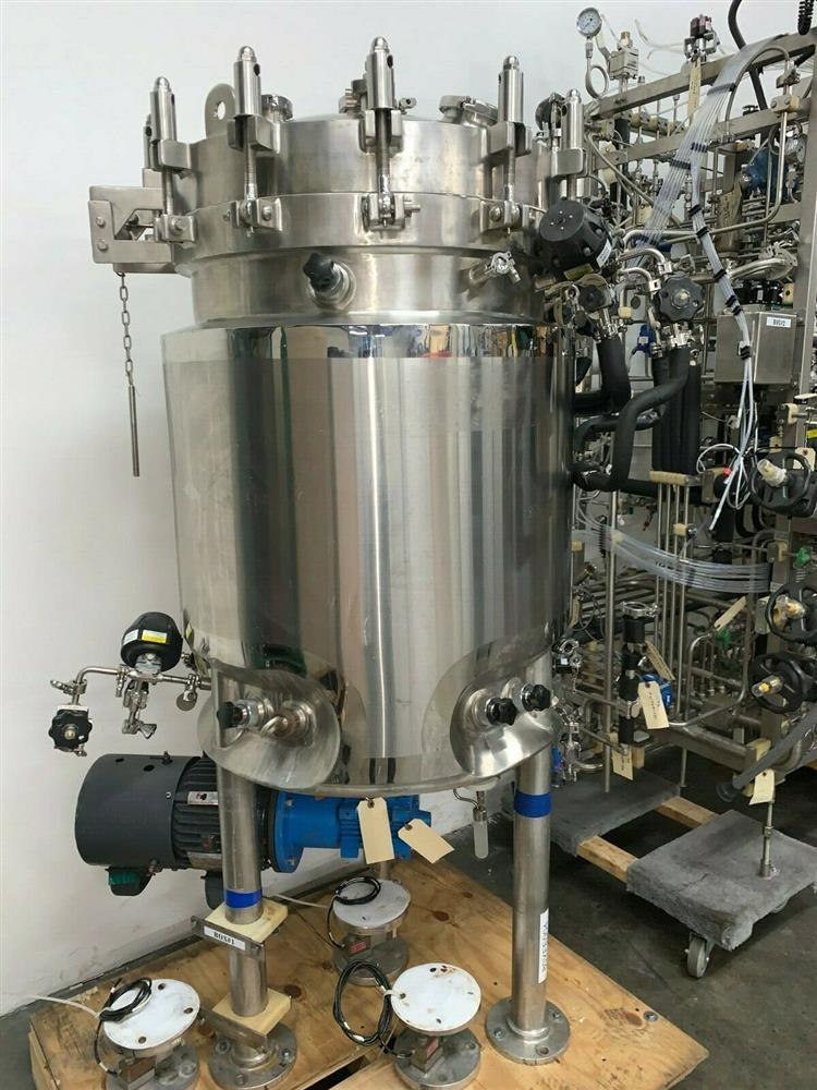 Image 300 Liter LEE Jacketed Bioreactor Skid with LEE INDUSTRIES Reactor - Stainless Steel 1468001