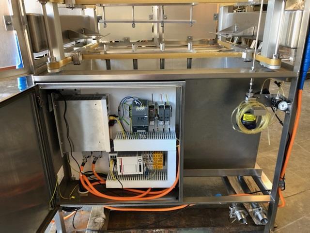 Image KMT Water Jet Food Cutting Machine - Model Streamline SLV-50 PL 1472502