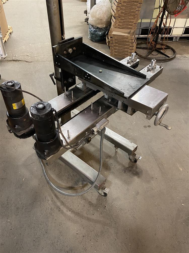 Image NEDCO Belt Transporter Bottle Bottomless Conveyor - Stainless Steel 1472582