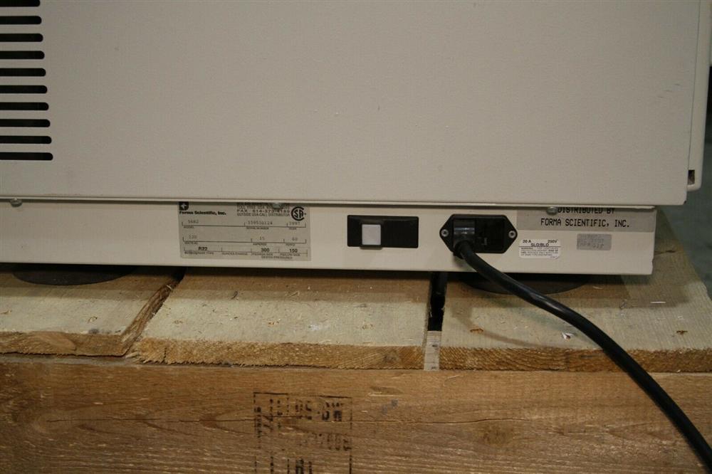 Image FORMA SCIENTIFIC Refrigerated Centrifuge - Model 5682 1472672