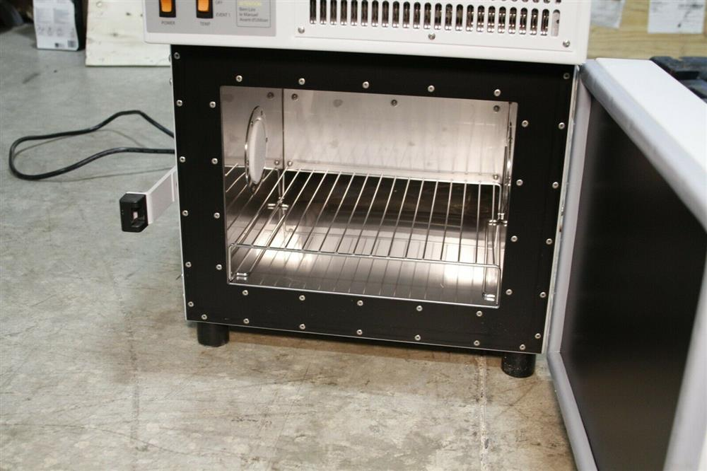 Image TESTEQUITY Temperature Chamber - Model 107 1472721