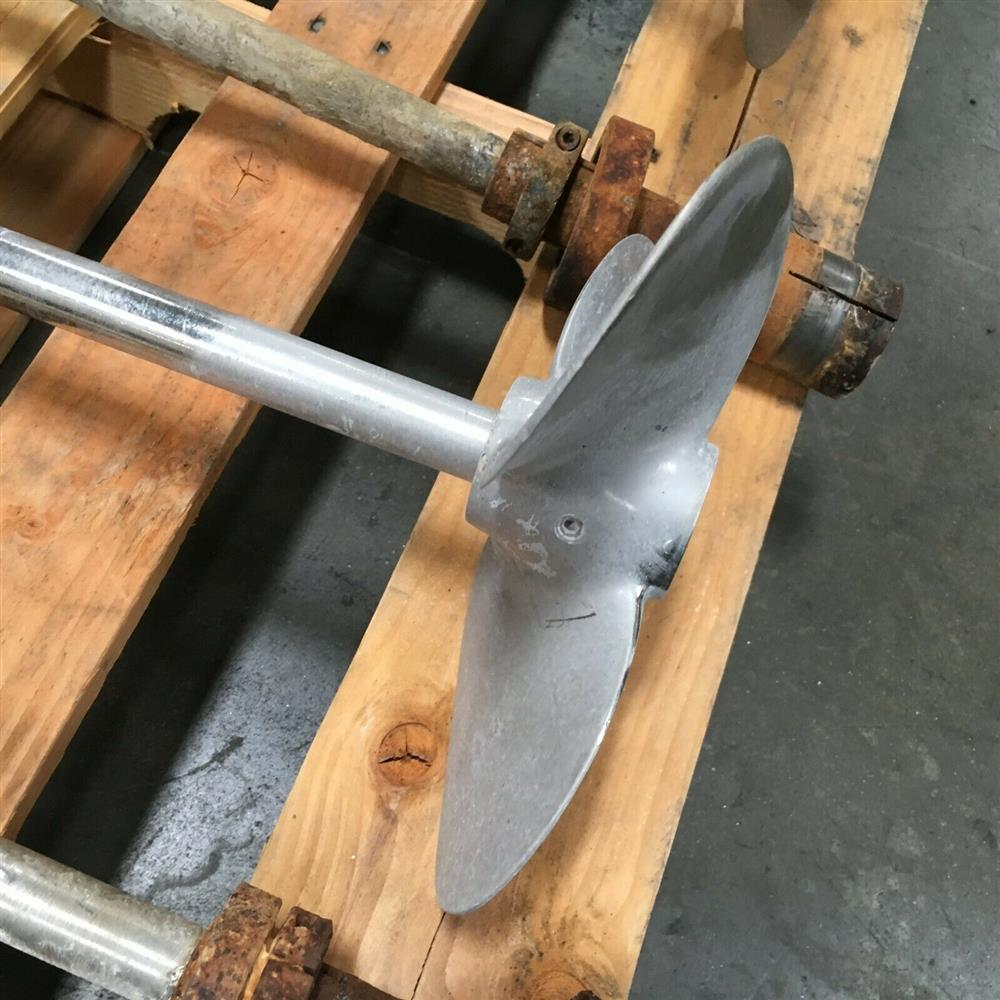 Image Lot of Industrial Mixer Blades 1473304