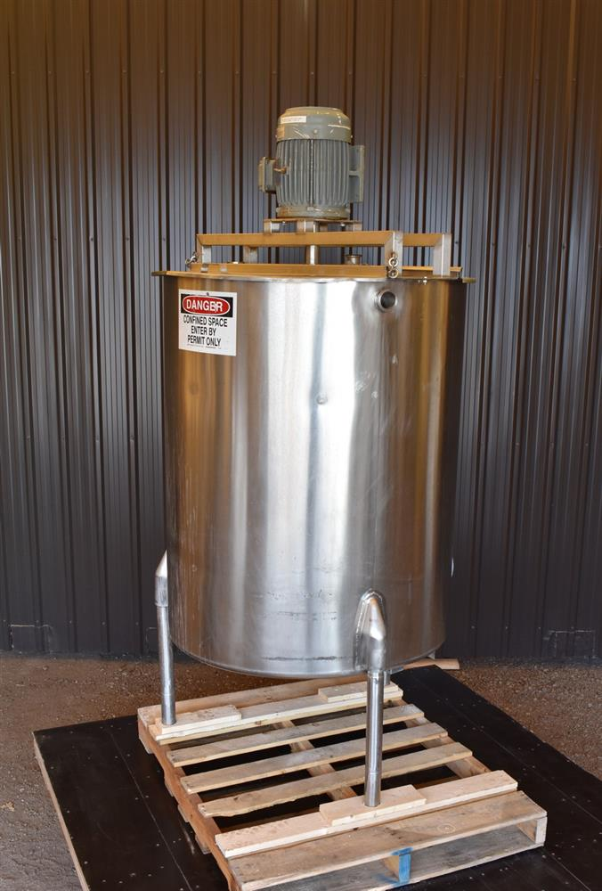 Image 250 Gallon Tank with Homogenizer 1474933