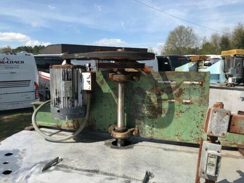Image 1200 Gallon Vertical Mixing Tank with 5 HP Agitation and Cone Bottom - 304 Stainless Steel  1475141