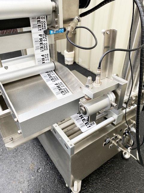 Image LABELON Pressure Sensitive Top Wipe-On Labeler 1478571