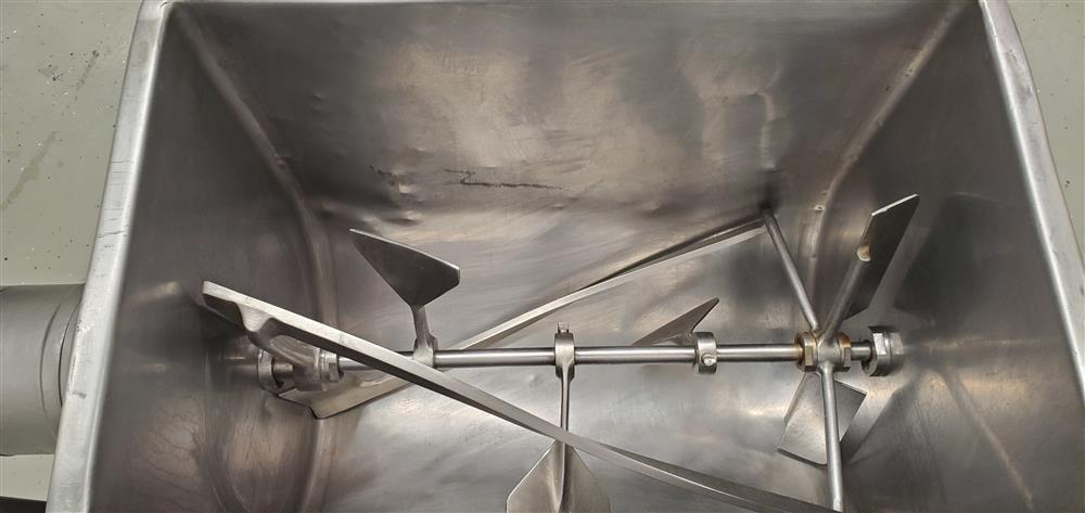 Image LELAND MEAT Sausage Mixer - Stainless Steel  1484111