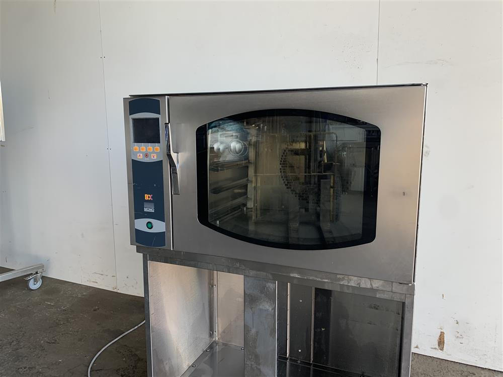 Image MONO Bake Off Oven 1486317