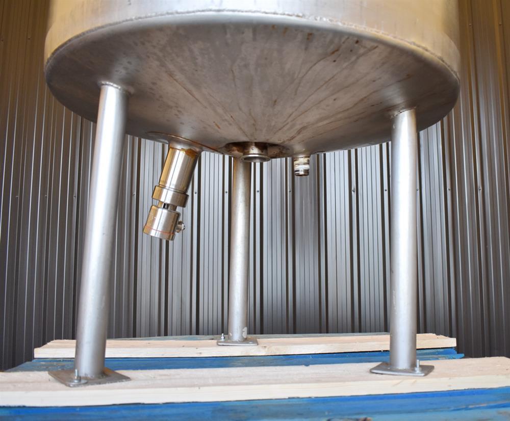 Image 100 Gallon HIGHLAND Jacketed Tank with LIGHTNIN Mixer 1486487
