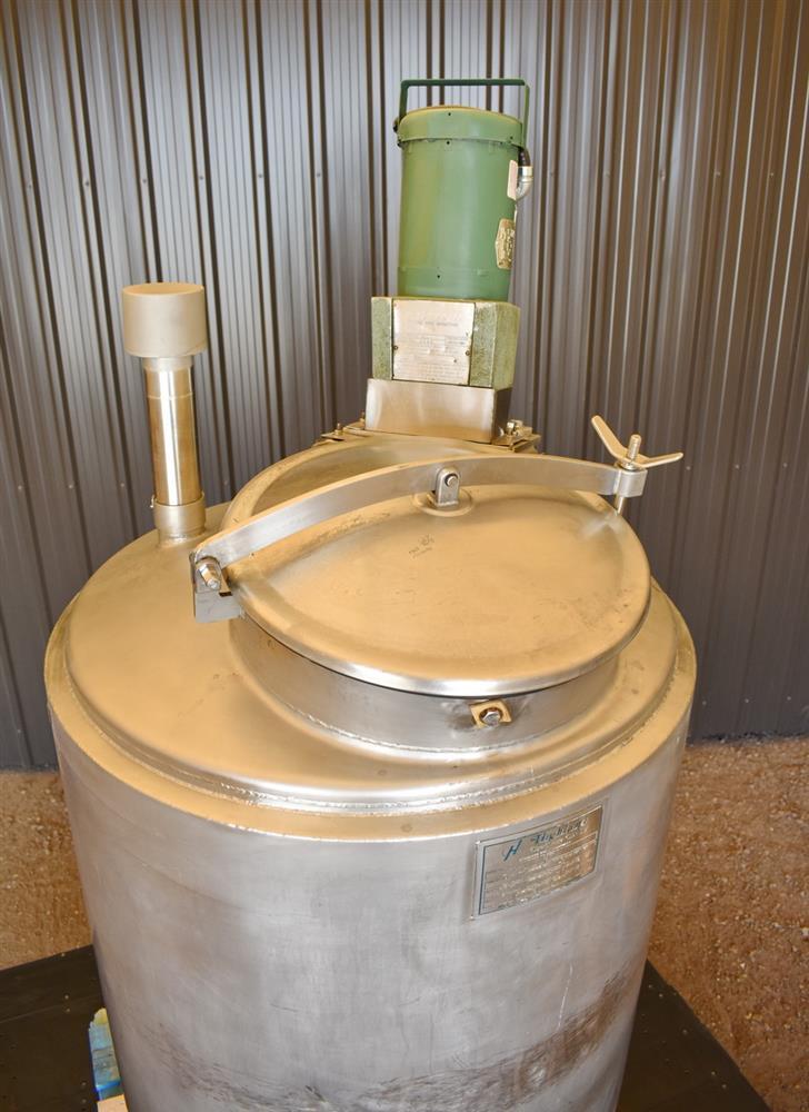 Image 100 Gallon HIGHLAND Jacketed Tank with LIGHTNIN Mixer 1486490