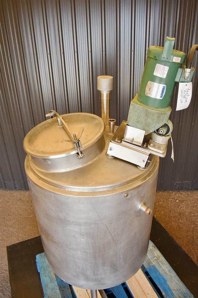 Image 100 Gallon HIGHLAND Jacketed Tank with LIGHTNIN Mixer 1486491
