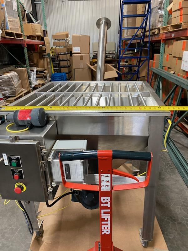 Image IPM SYSTEMS Incline Screw Conveyor - Surge Hopper and Incline Transfer Auger 1490860