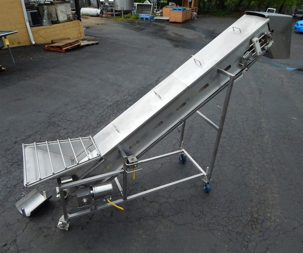 Image Inclined Cleated Conveyor 1492598