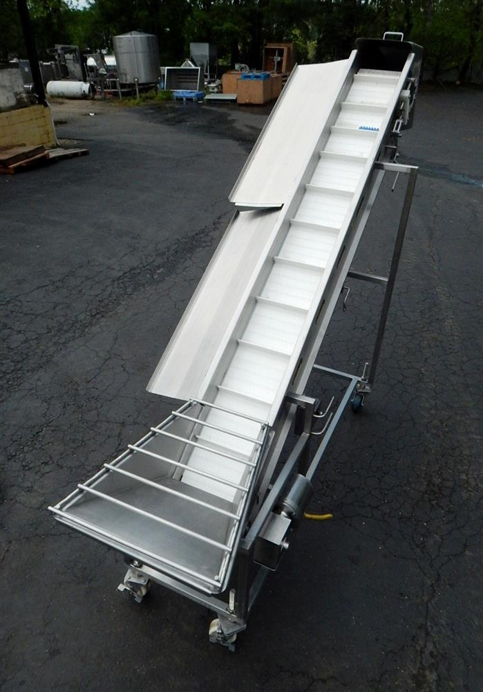 Image Inclined Cleated Conveyor 1492599