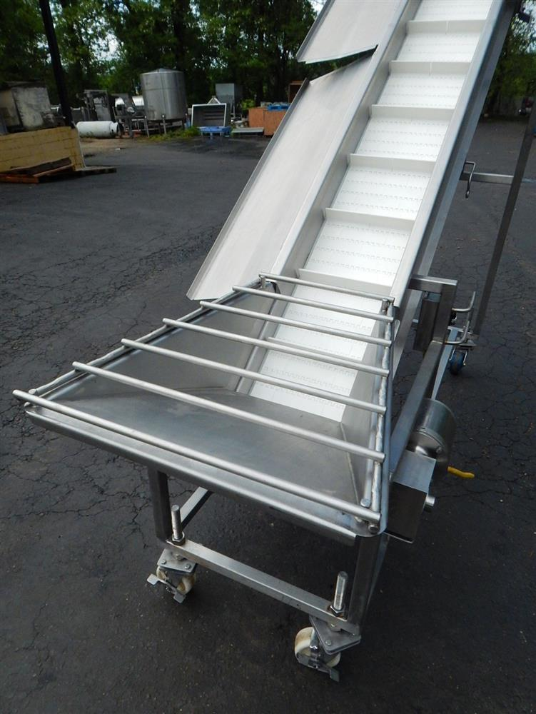 Image Inclined Cleated Conveyor 1492600