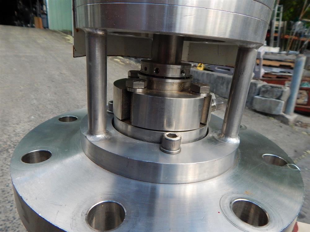 Image TOKUSHU KIKA Homogenizing Mixer - Pharmaceutical Grade 1492622