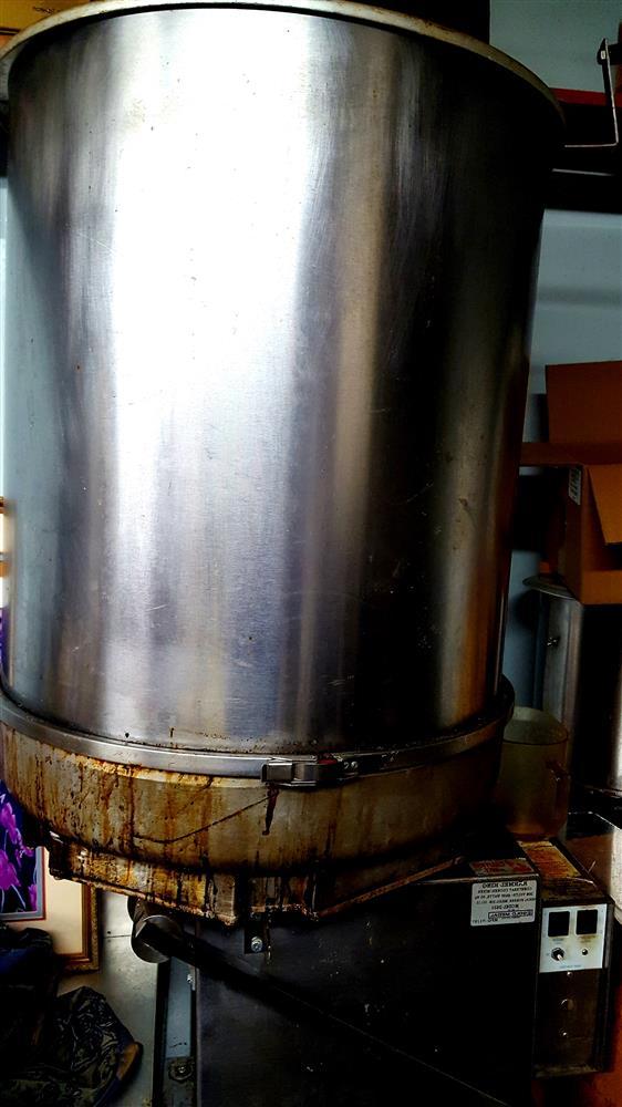 Image 20 Gallon GOLD METAL 2620D Karmel King Mark 20 Cooker/Mixer with Right Hand Dump - 240v/1ph 1492963