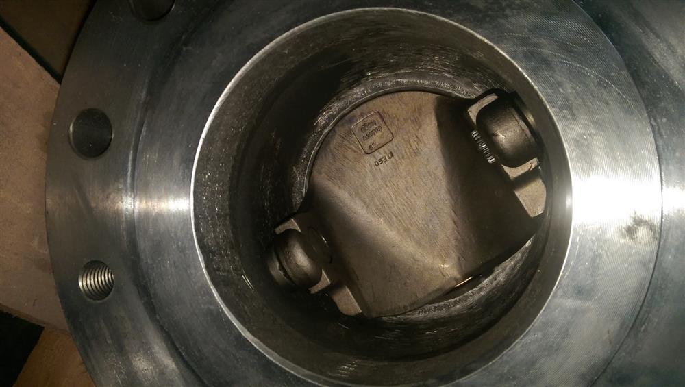 Image 6in DEZURIK VPB V-Port Ball Valve w/Diaphragm Actuator & HART Positioner - New Surplus 1495591