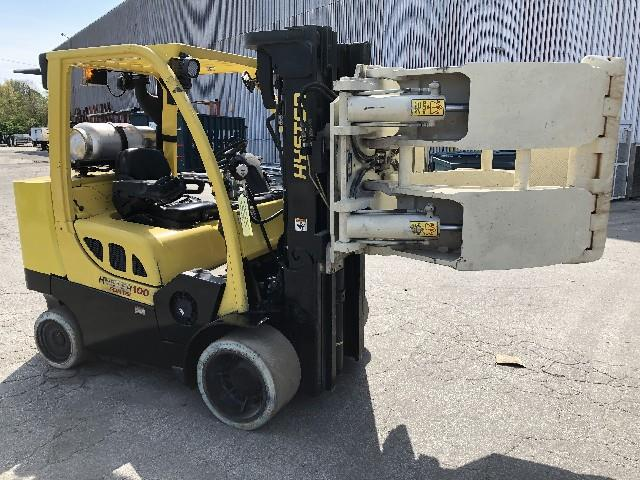 Image HYSTER Forklift with 60in Cascade Roll Clamp 1495641