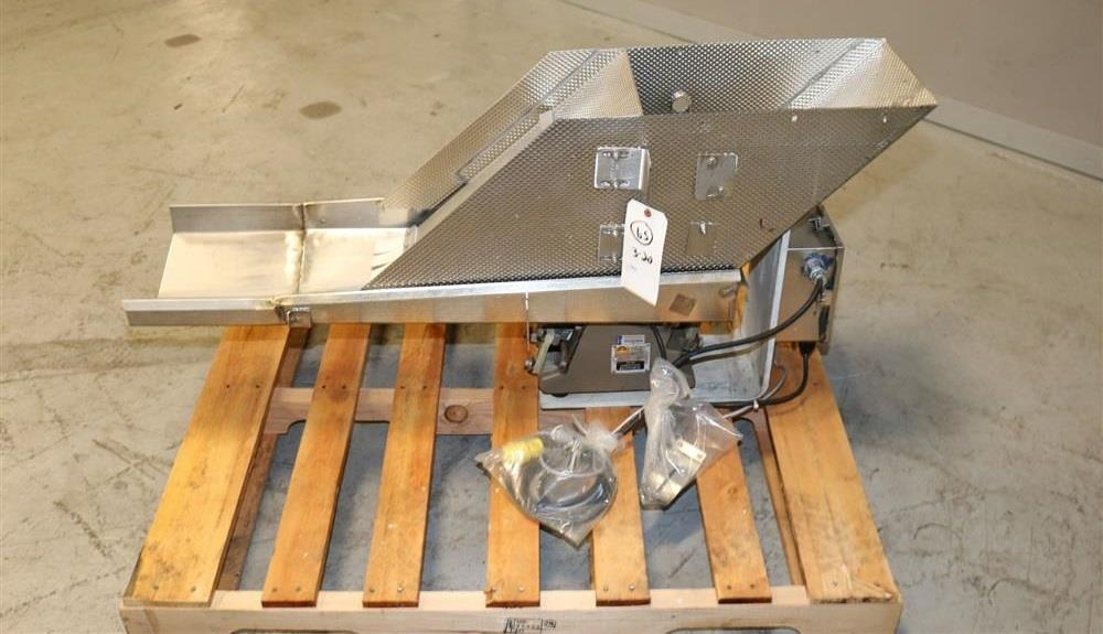 Image 12in W X 40in L ERIEZ HI-V Vibrating Pan Feeder - Stainless Steel 1497609