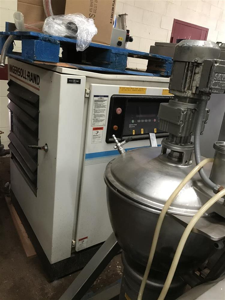 Image INGERSOLL RAND Air Compressor 1500270