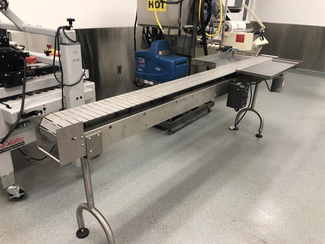 Image 7.5in W X 9ft L Belt Conveyor - Stainless Steel 1500897