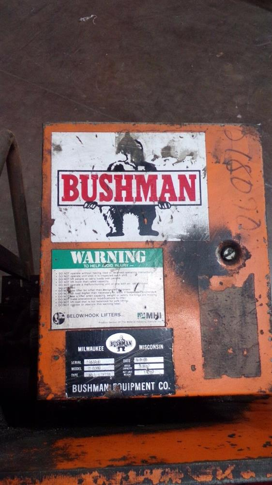 Image BUSHMAN M5066 Motorized Roll Lifter - 4000 Lb. Capacity 1501095