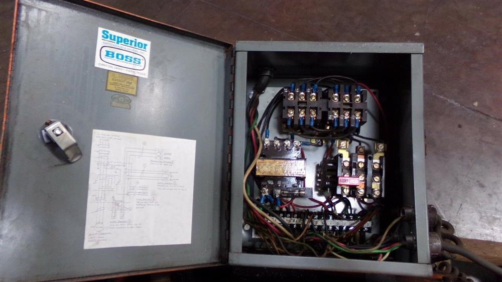 Image BUSHMAN M5066 Motorized Roll Lifter - 4000 Lb. Capacity 1501099