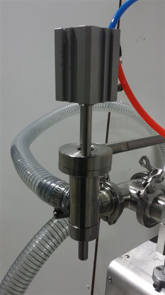 Image Semi-Automatic Pneumatic Piston Liquid or Paste Filling Machine 1501285