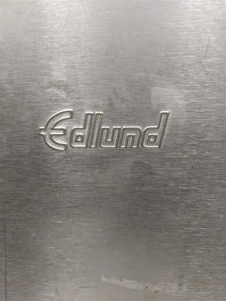 Image EDLUND Air Powered Can Opener with Magnetic Lid Remover 1502729