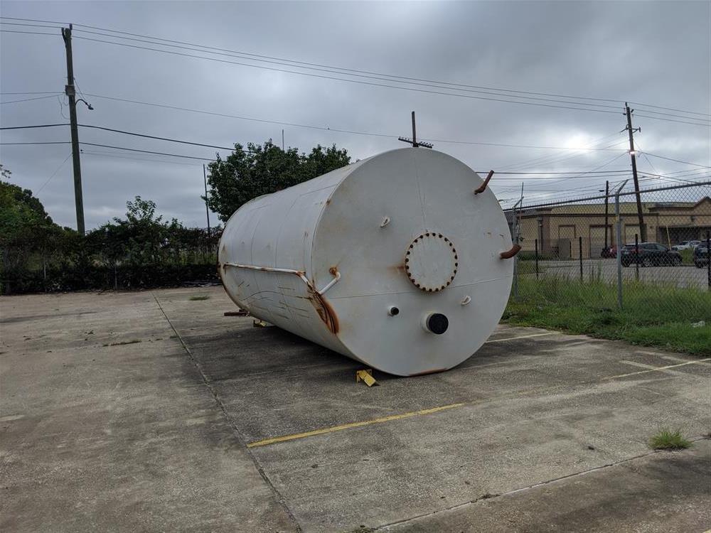 Image 11,000 Gallon Vertical Water Storage Tank 1508165