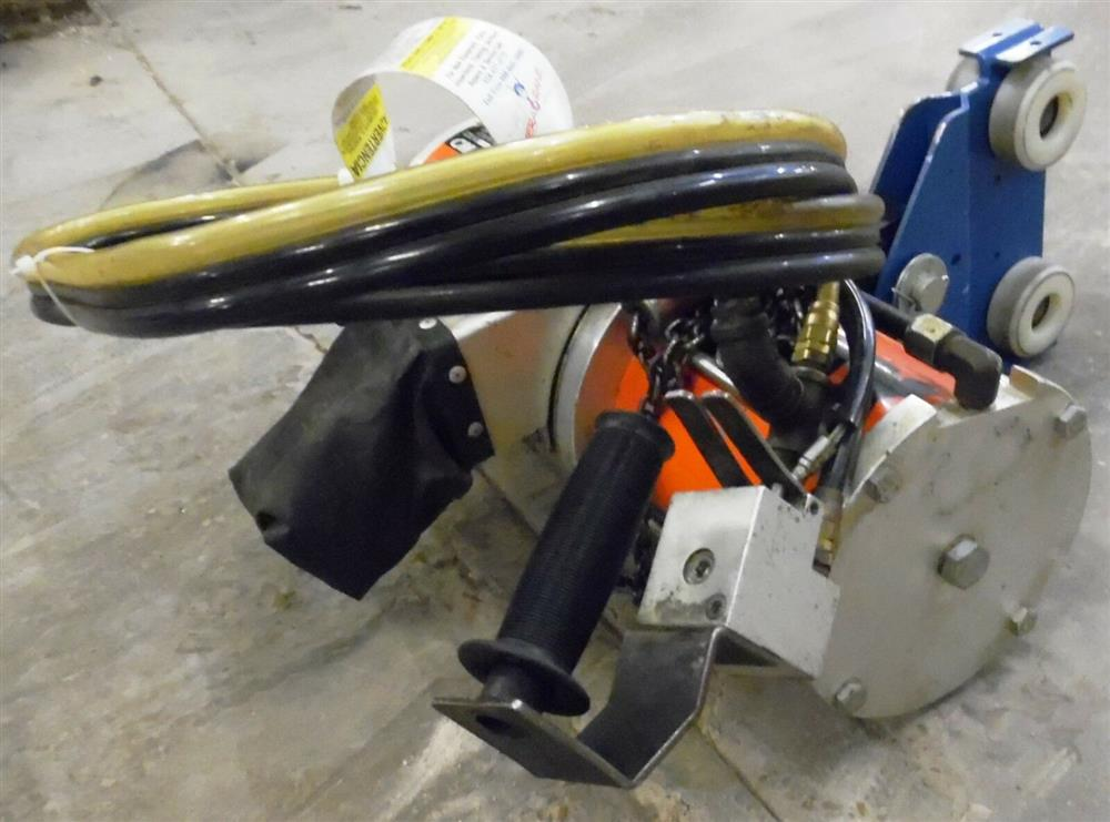 Image CM Pneumatic Chain Hoist Max Balancer 1508591