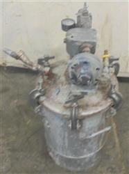 Image 5 Gallon BINKS Paint Pot 1517650