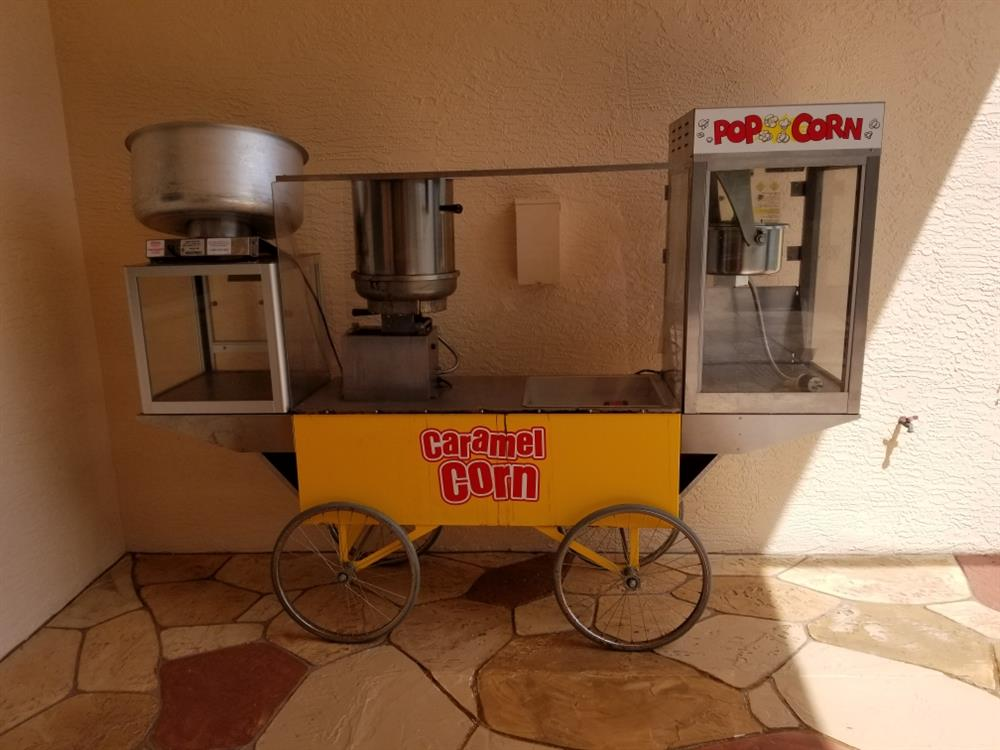 Image GOLD MEDAL All in One Mobile Popcorn Cart 1519845