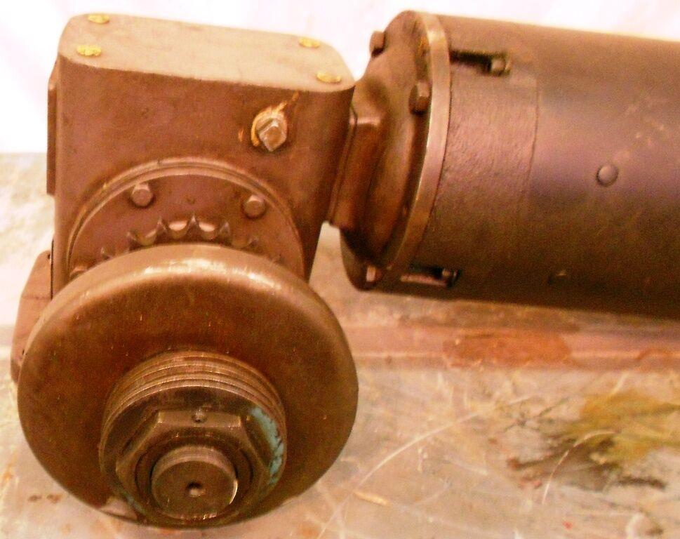 Image 1.5 HP FINCOR Motor with Worm Gear Reducer / Speed Reducer 1519937
