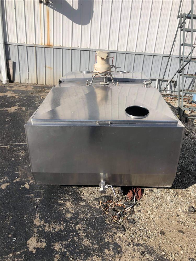 Image 300 Gallon JAMESWAY Bulk Tank 1520042