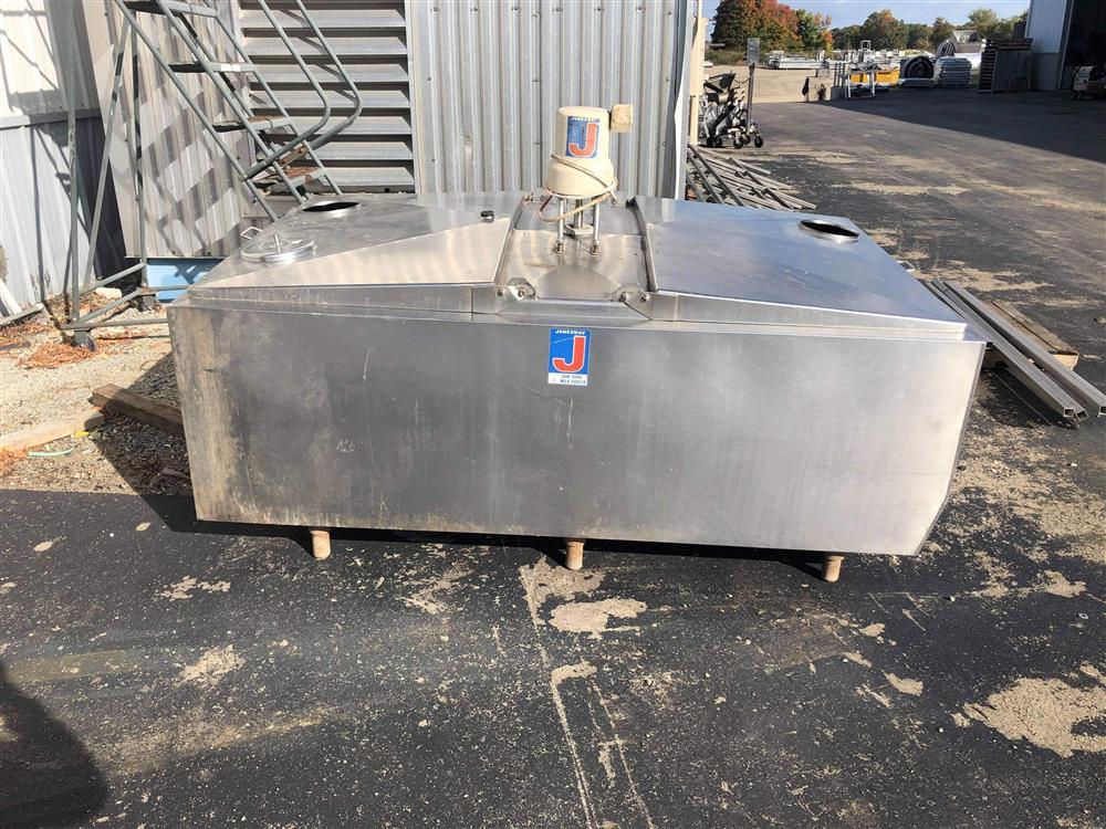 Image 300 Gallon JAMESWAY Bulk Tank 1520043