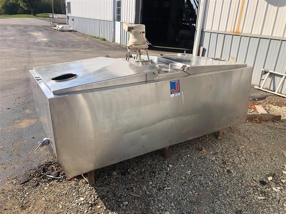 Image 300 Gallon JAMESWAY Bulk Tank 1520045