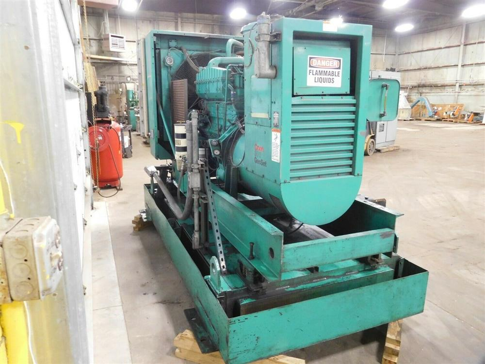Image ONAN 300.ODFM-17R/31121N Genset Diesel Generator 1528334