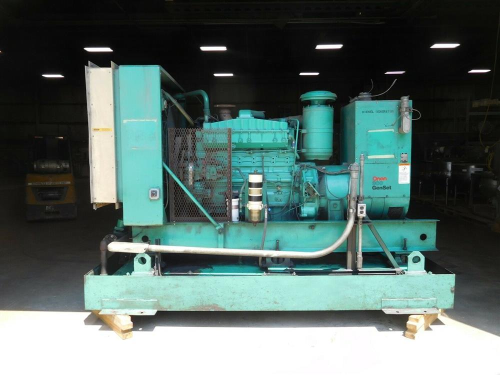 Image ONAN 300.ODFM-17R/31121N Genset Diesel Generator 1528336