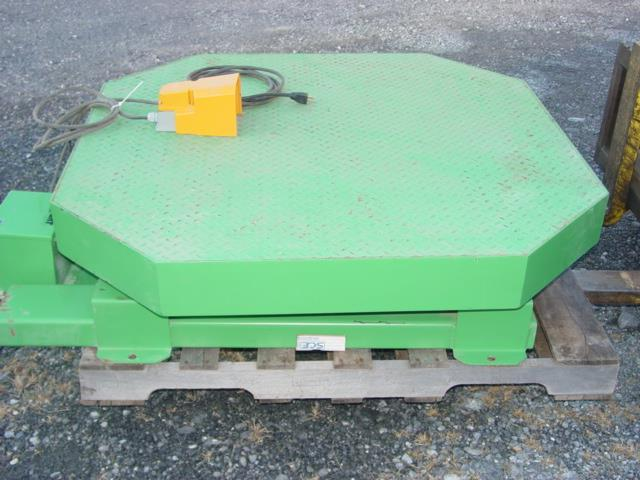 Image HIGHLIGHT INDUSTRIES High Profile Stretch Wrap Turntable Like New Condition 1528970