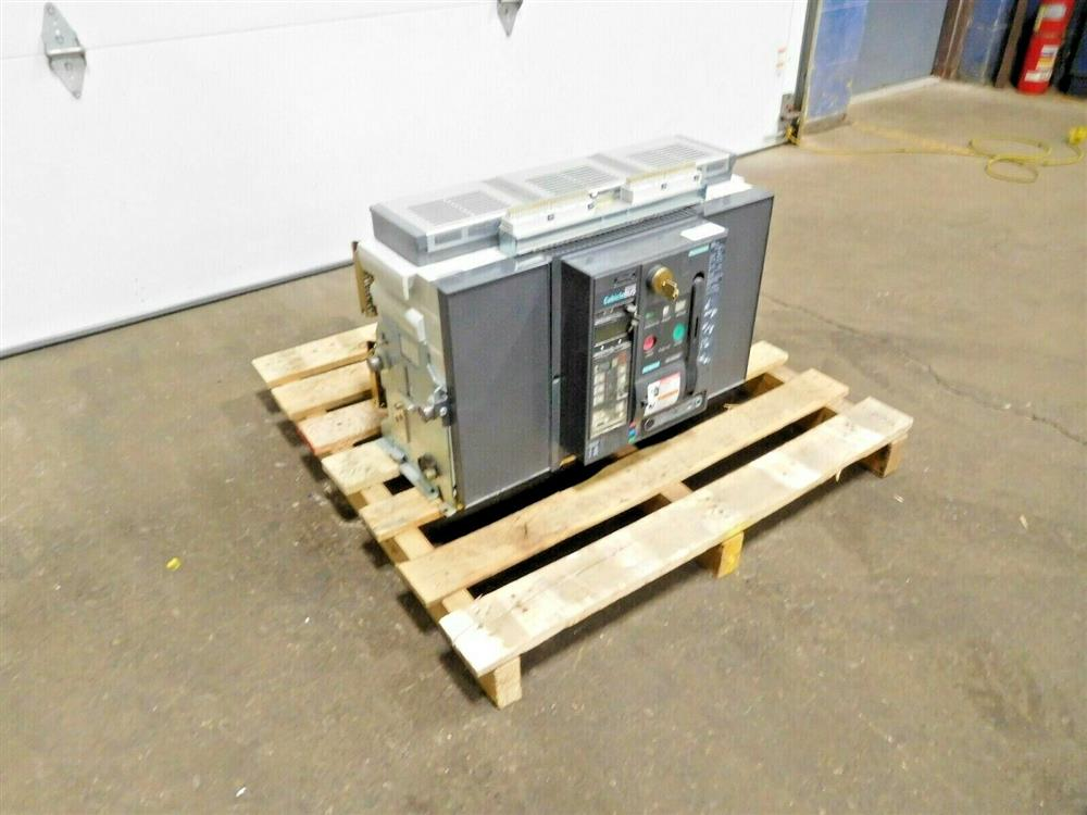 Image SIEMENS WLF3A332 Integrated Cubicle Bus Power Circuit Breaker 1531844