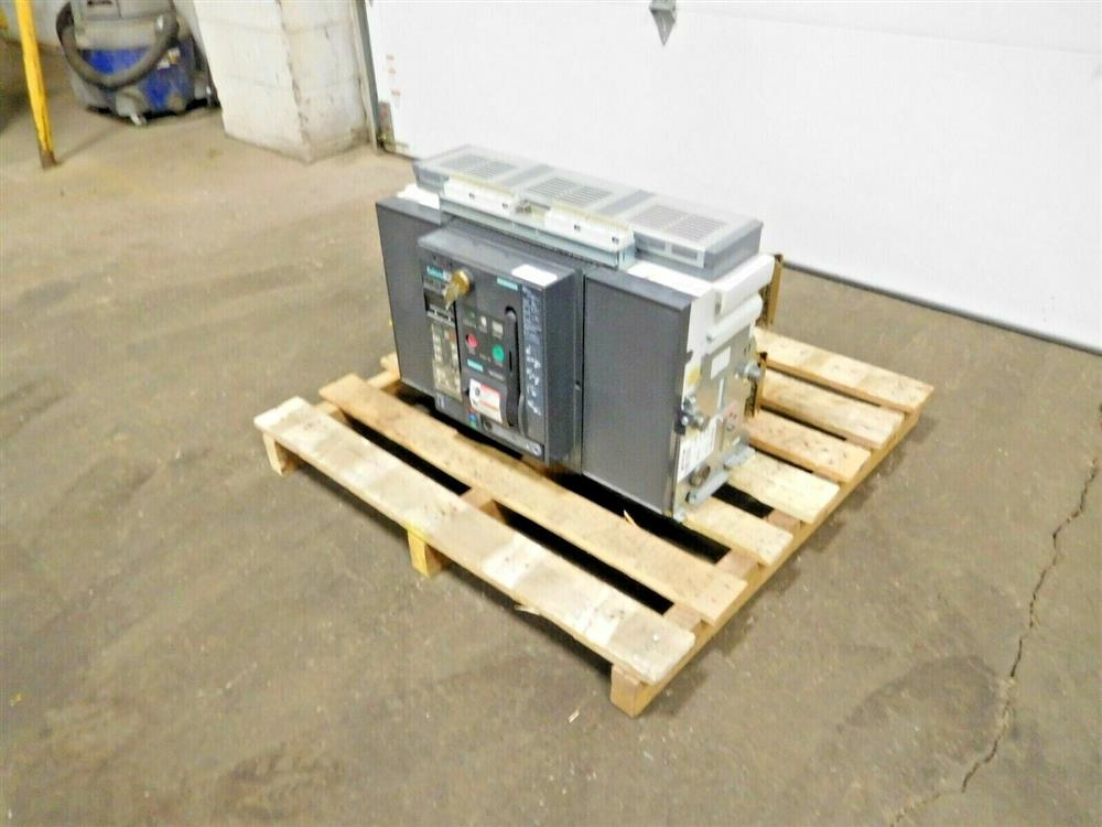 Image SIEMENS WLF3A332 Integrated Cubicle Bus Power Circuit Breaker 1531845