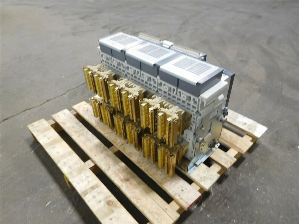 Image SIEMENS WLF3A332 Integrated Cubicle Bus Power Circuit Breaker 1531847