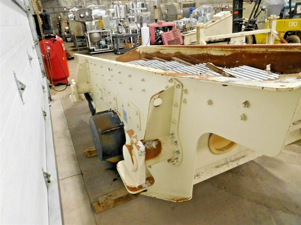 Image JOEST Vibratory Screener with Springs and Stand - Model 1200 X 3000 1532080
