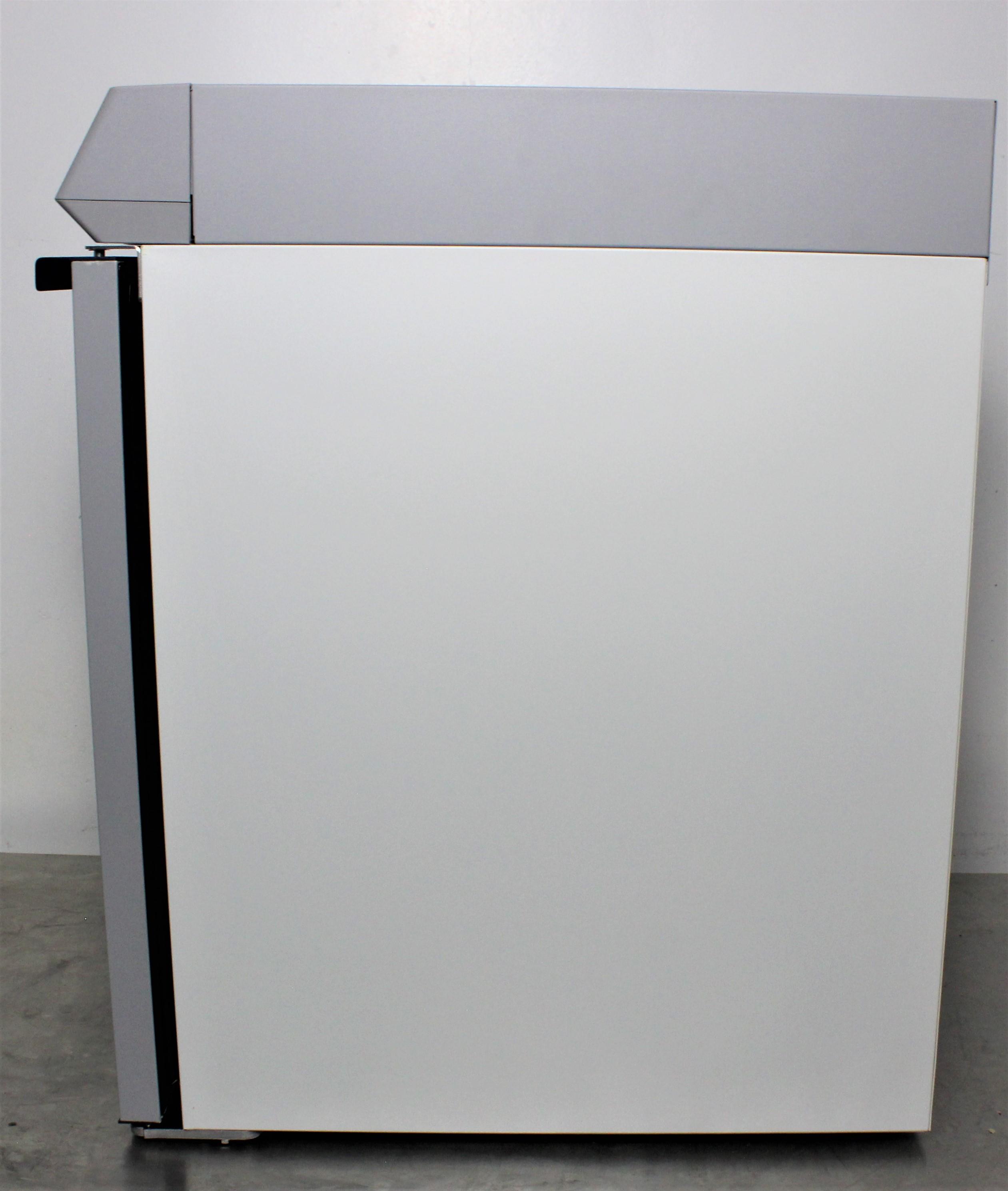 Image THERMO SCIENTIFIC TSX Series Laboratory Refrigerator - 5.5 Cu. Ft. 1587094