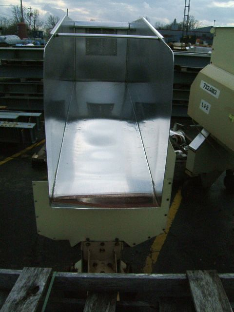 Image GBE LEGG 8 ft x 2 ft Vibrating Conveyor-Wheeled 379268