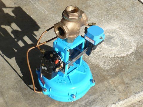 POWERS PROCESS Valve 3-Way Control with Actuator